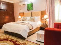 Inti's Royal Suites image