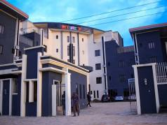 Morzi Hotel & Suites image