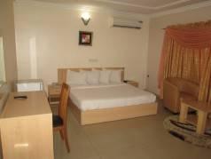 Hallydays Hotel  image