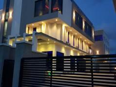 Mayhill Hotel image
