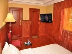 Ridgeways Park Hotel image