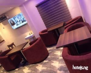 Coolio Hotels & Suites