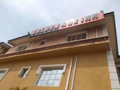 Golden Ace Inn image