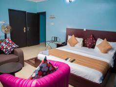 Esporta Suites Hotel  Ondo image