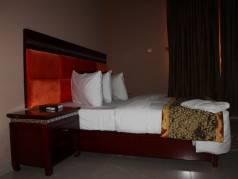 Midas Hotel image