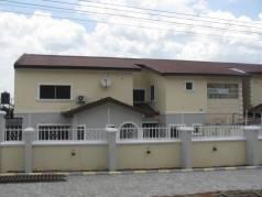 House 5 Hotel image