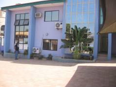 Mzansi Lounge (Now Henry's Lounge) image