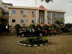 Hotel Ibis Royale image