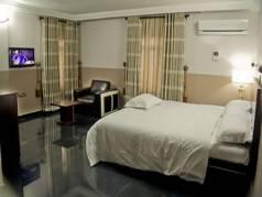 Golden Tree Hotel  image