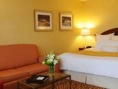 Calido Fine Hotel image